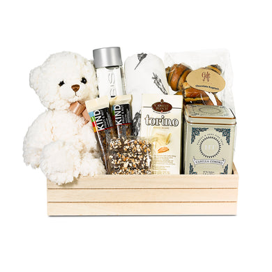 New baby gift basket with gourmet foods (baby boy, baby girl) by Gift Kosher
