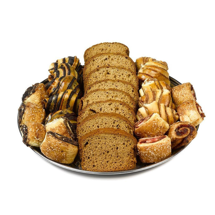 Gift Kosher platter with Honey cake and assorted Rugelach flavors