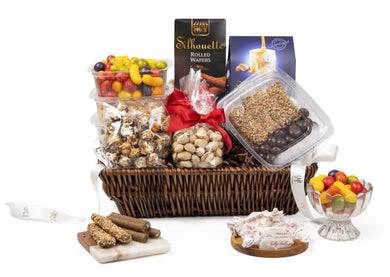 Deluxe Kosher Snacks Gift Basket by Gift Kosher