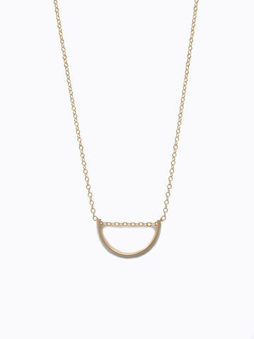 Able Arch Necklace