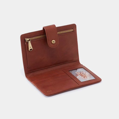 Hobo Pax Travel Wallet in Woodlands