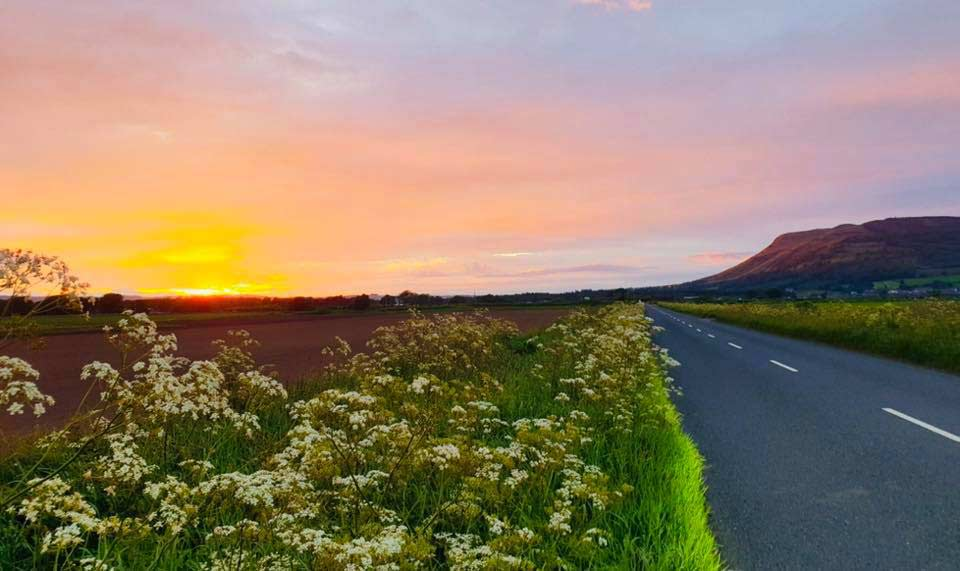 Road into Kinnesswood at sunset, a great walking route