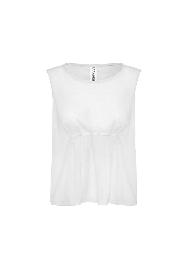 The Asmuss Pleated Tank in white.  Contains 37.5 technology to help keep your ideal body temperature so it is perfect for any adventure
