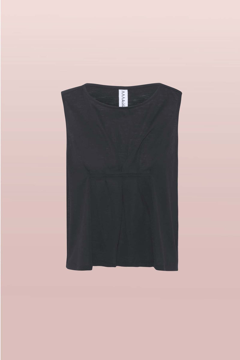 Front view of the Asmuss Pleated Tank in black, featuring front pleat detail and darts to avoid gaping. Made from a blend of wool and 37.5 technology to help keep your ideal body temperature so it is perfect for travelling with or hot days at home, in the office or outdoors. A great elevated essential for your everyday adventures.
