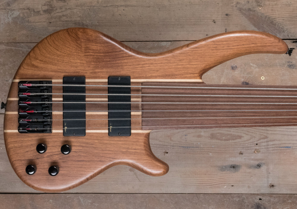 Jim Reed Fretless 6