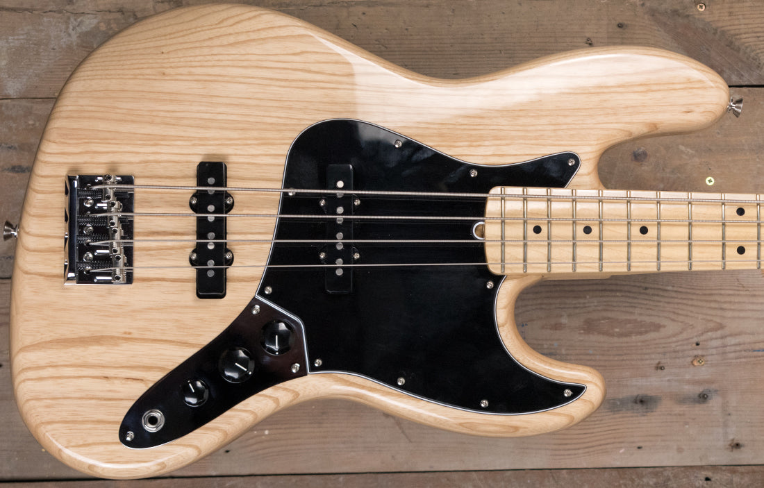 Fender American Professional Jazz Bass