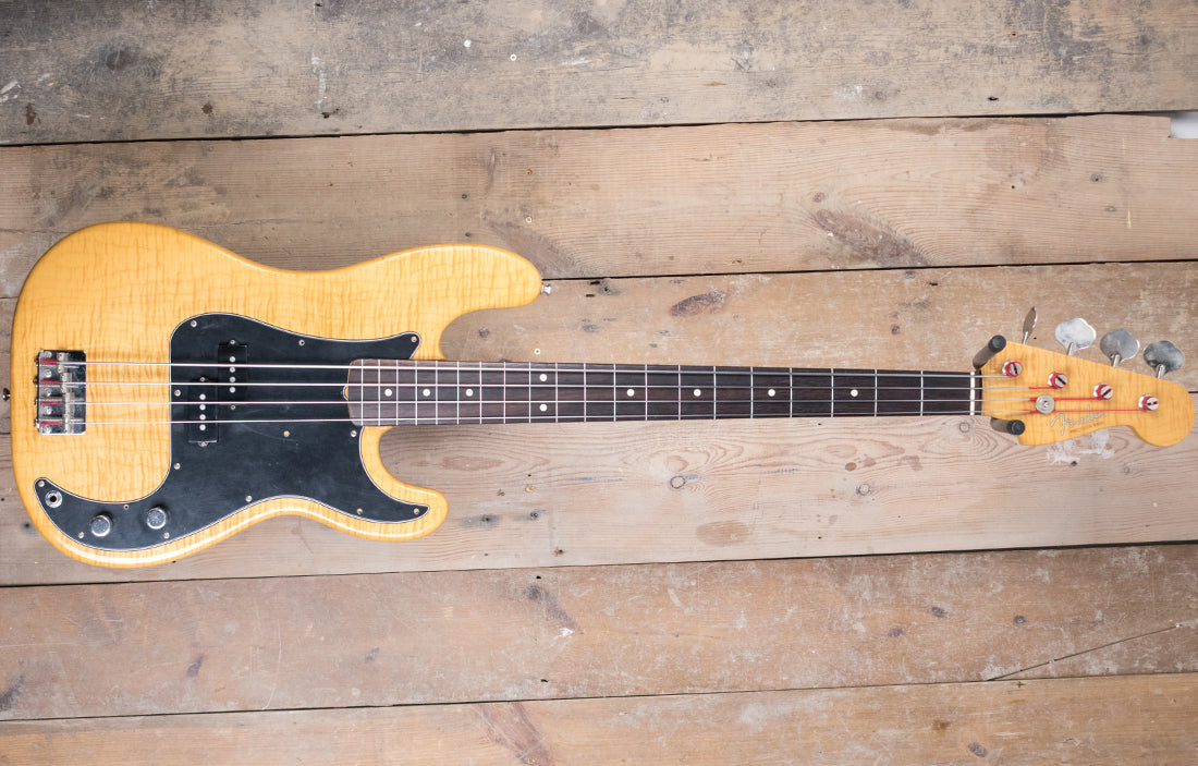 Fender Made In Japan Fretless Precision