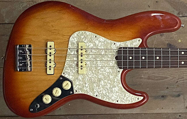 Fender USA FSR Jazz Bass