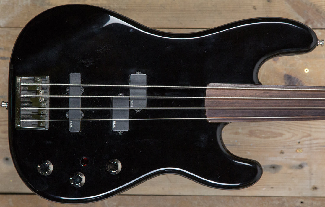 Fender Jazz Bass Special Fretless