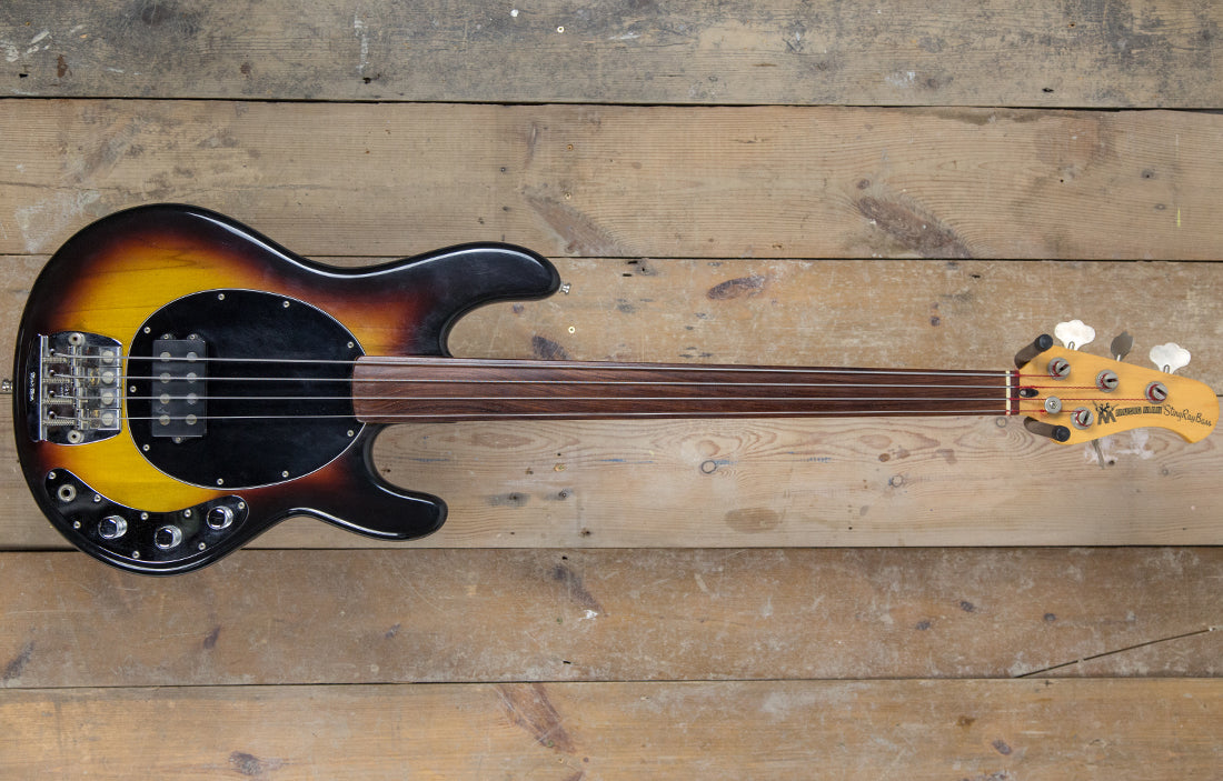 Music Man StingRay Fretless 1979 (EX-PINO PALLADINO)