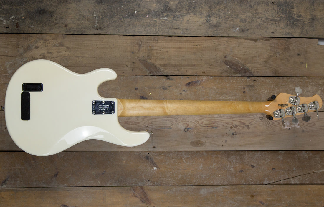 Ernie Ball Music Man StingRay 5