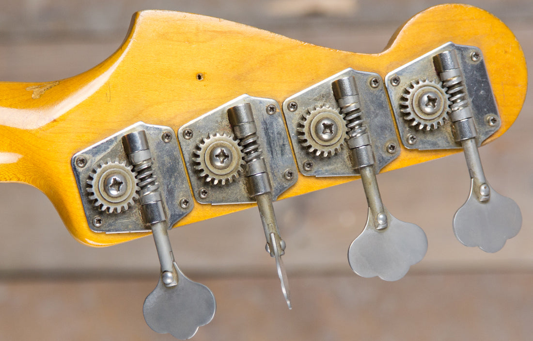 Fender Precision 1962 - The Bass Gallery