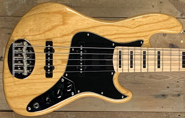 Lakland Skyline Darryl Jones 5
