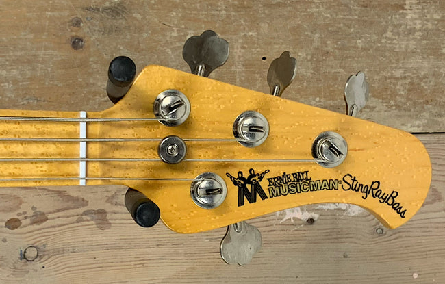 Ernie Ball Musicman Stingray Classic