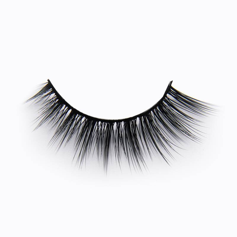 Laguna Lashes - Bossy Girl Cosmetics