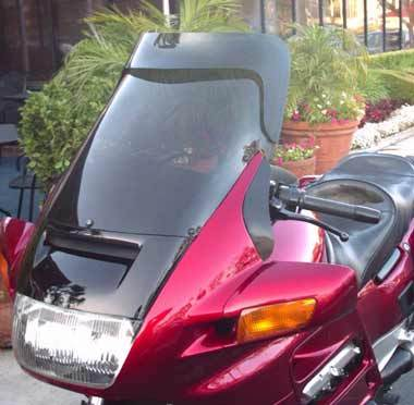 Laminar screen and lip combination for Honda ST1100