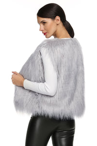 Lady White faux Fur Vest