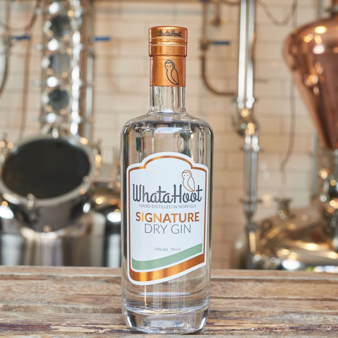 Signature Dry Gin 70cl (43% abv) - WhataHoot Gin