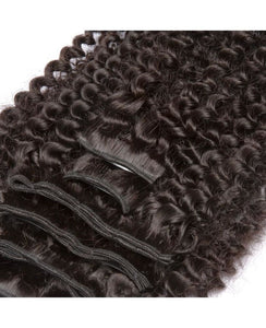 Natuurlijke kinky krullende Clip-in menselijke hair extensions door Soie Virgin Hair Extensions In Atlanta, Georgia. We bezorgen of verzenden overal. Bel 404-669-6832 of ga naar https://SoieHair.com