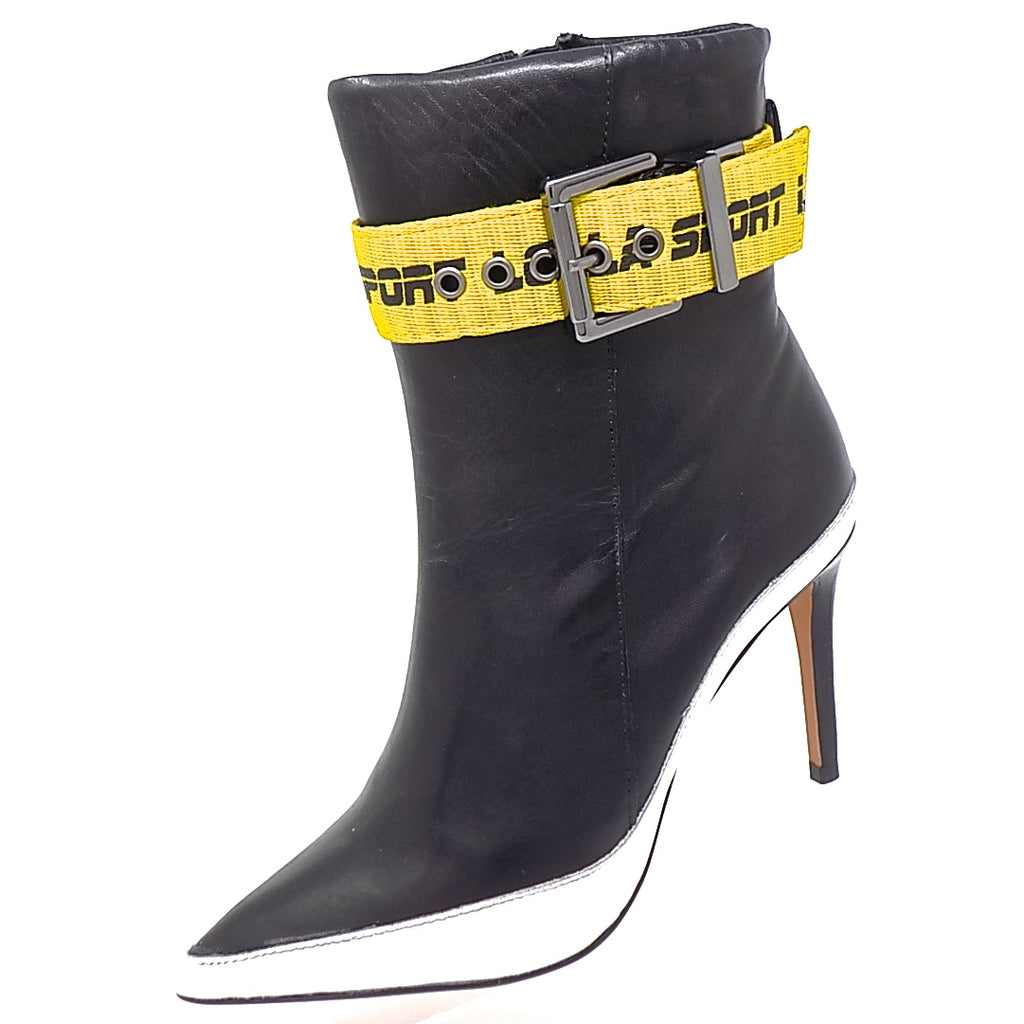 B&W Yellow Detail Boot ONE55 by Santa Lolla