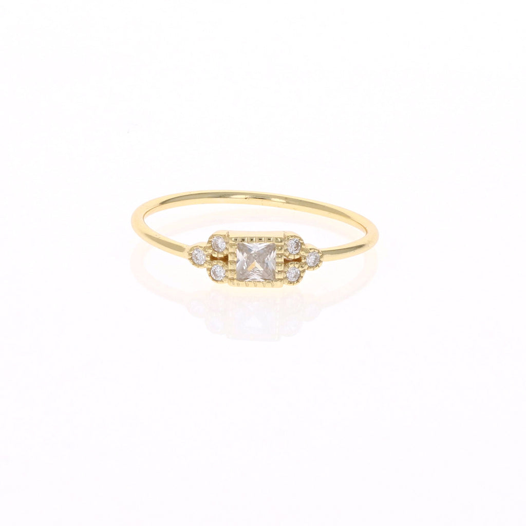 Vintage Princess Cut Gold Ring