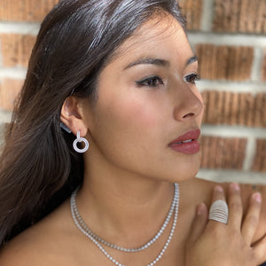 Load image into Gallery viewer, Wearing the silver open circle drop earrings