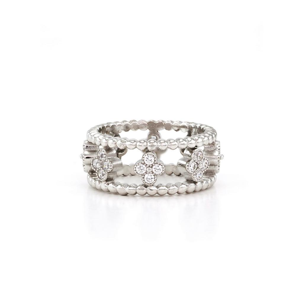Clover Eternity Ring