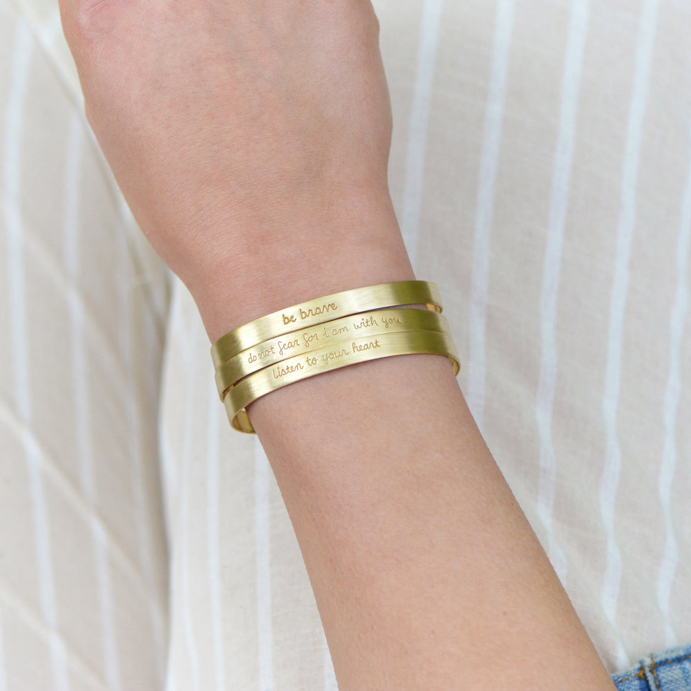 Load image into Gallery viewer, Be Brave - Brass Cuff