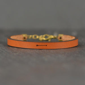 Load image into Gallery viewer, Arrow Image - Leather Bracelet
