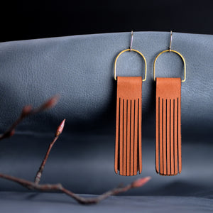 Load image into Gallery viewer, Boho Drop Fringe Leather Earrings