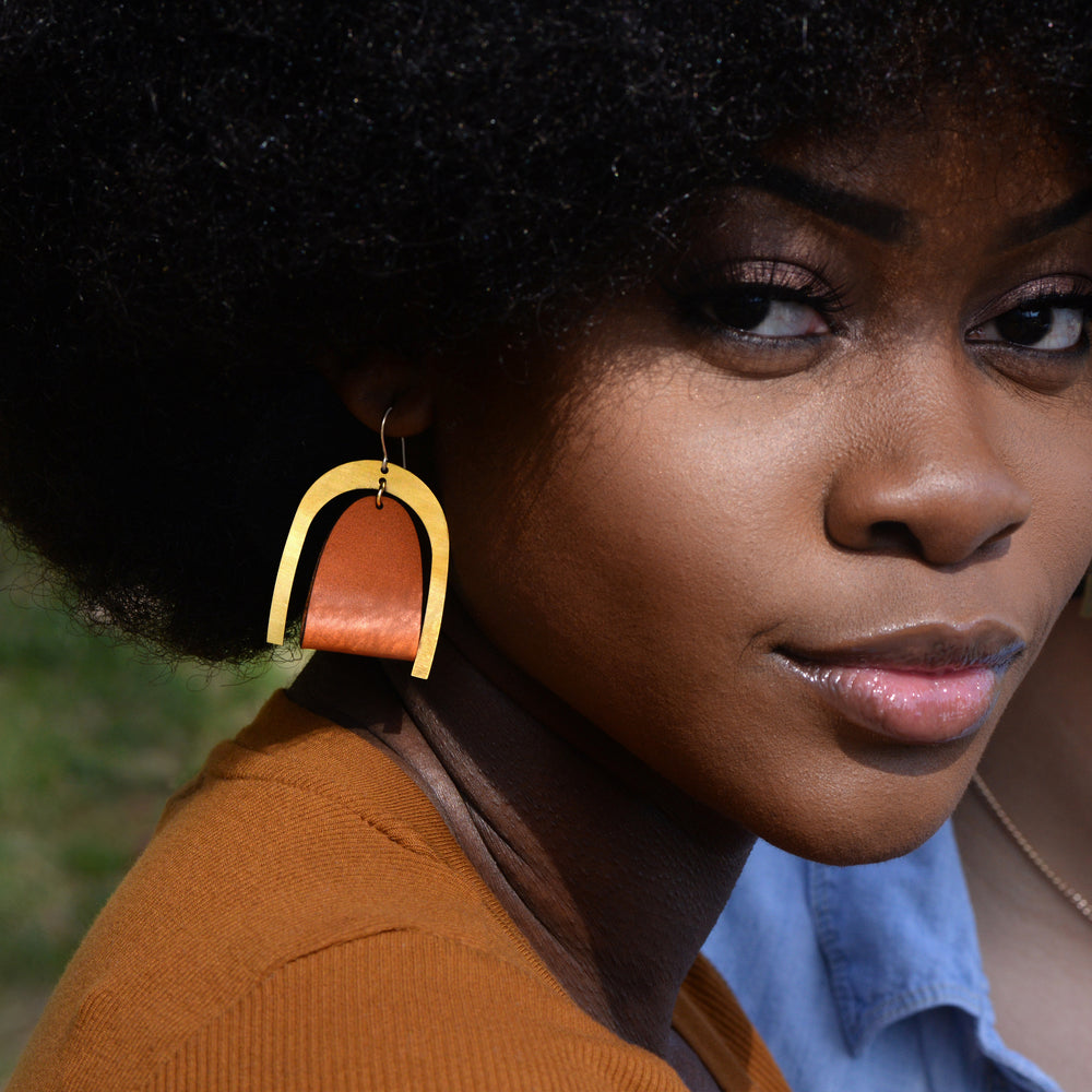 Load image into Gallery viewer, Oversized Modern Leather Earrings