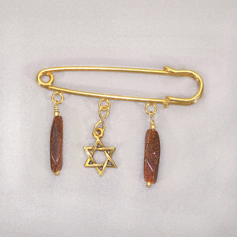 Goldstone Gold Kilt Pin