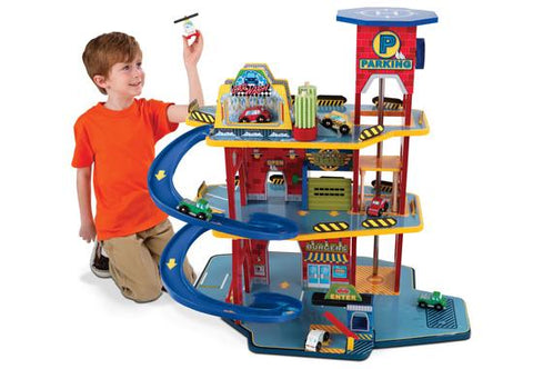 Garage Playset: Deluxe Garage Set