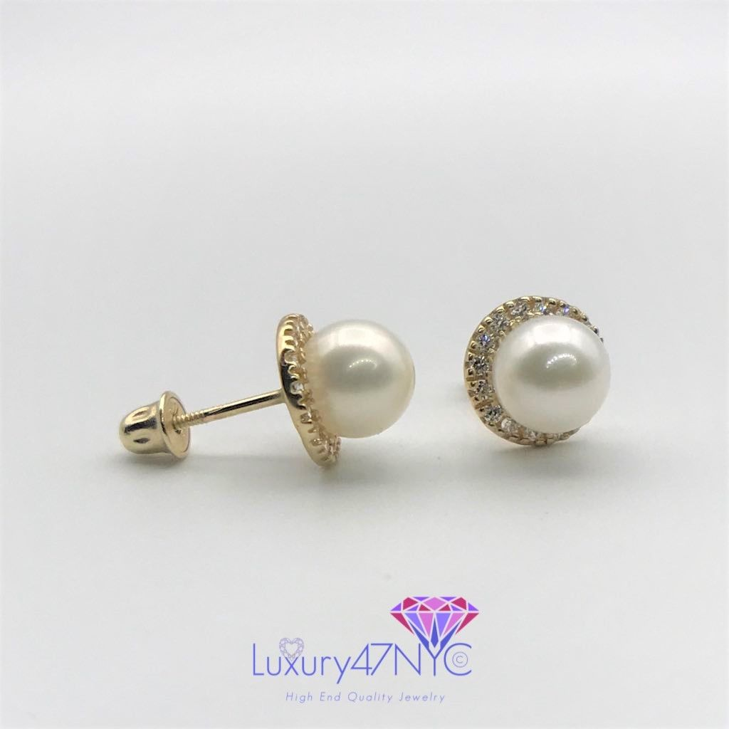 Brilliant Diamond and Real Freshwater Pearl Round Stud Earrings 14K Yellow Gold
