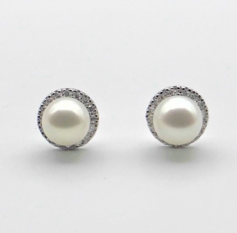 Brilliant Diamond and Real Freshwater Pearl Round Studs Earrings 14K White Gold