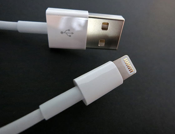 3Ft (3 Feet) White USB Charge/Sync Lightning Cable, Apple MFI Certified