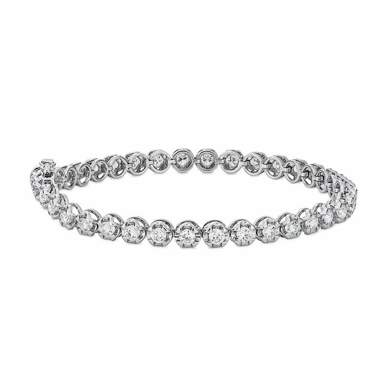Diamond Bracelet in White Gold
