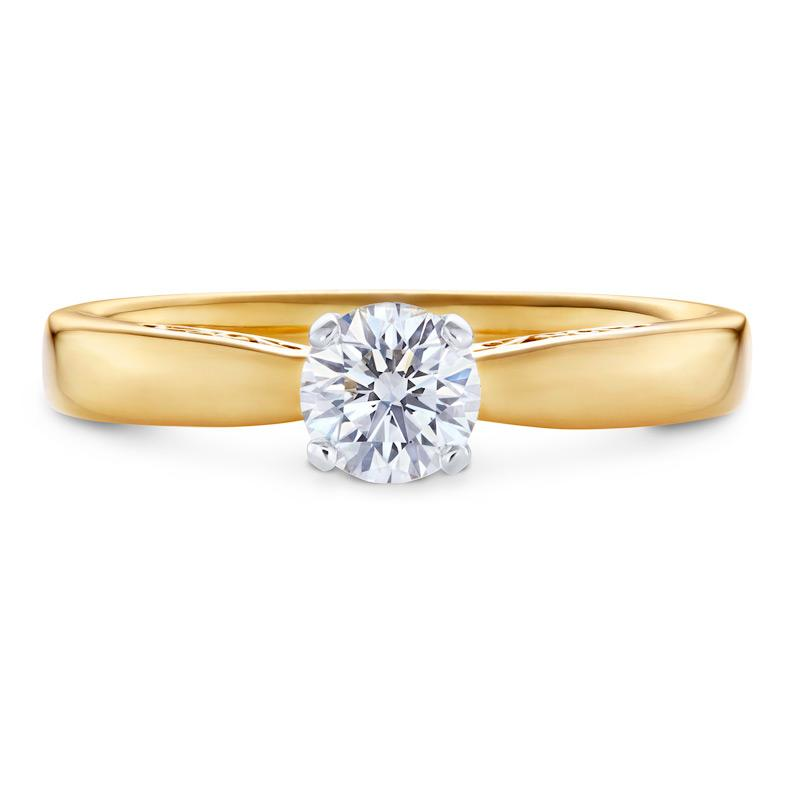 Solitaire Diamond Engagement Ring in Yellow Gold