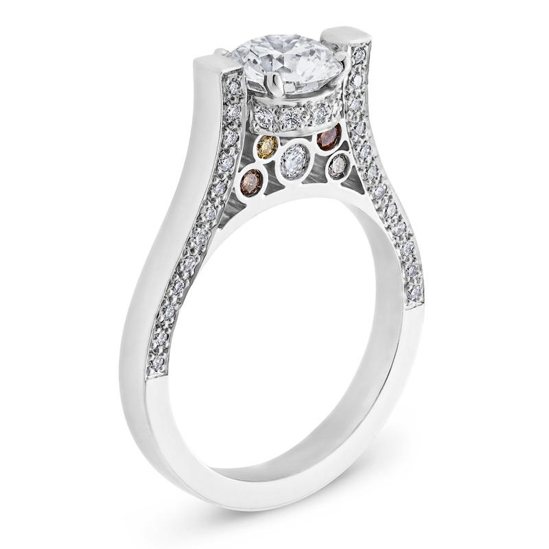 Vintage-look Diamond Engagement Ring in White Gold
