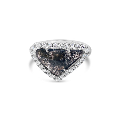 Moody Trancend Slithered Diamond Ring
