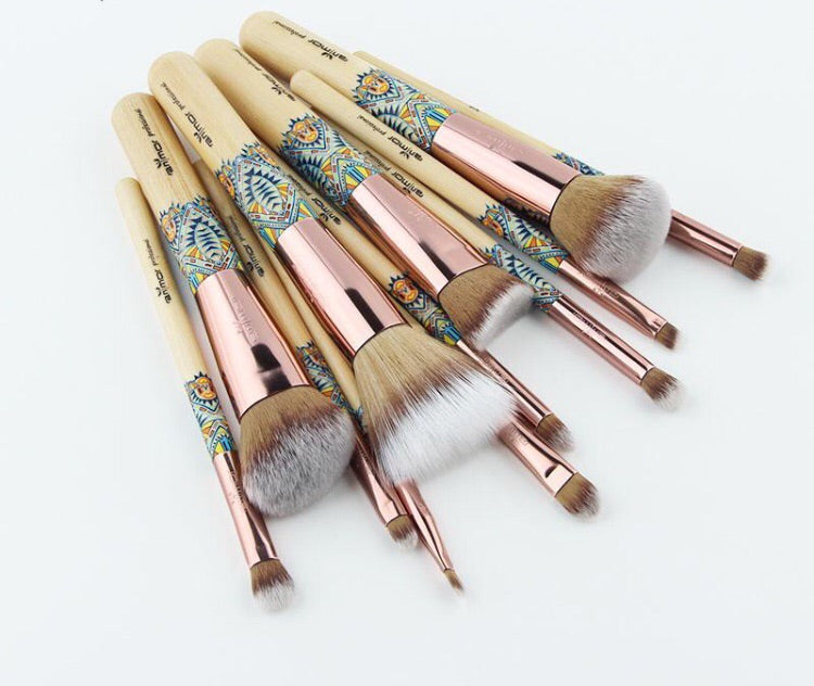 12 Pcs Bamboo MakeUp Brush Set.