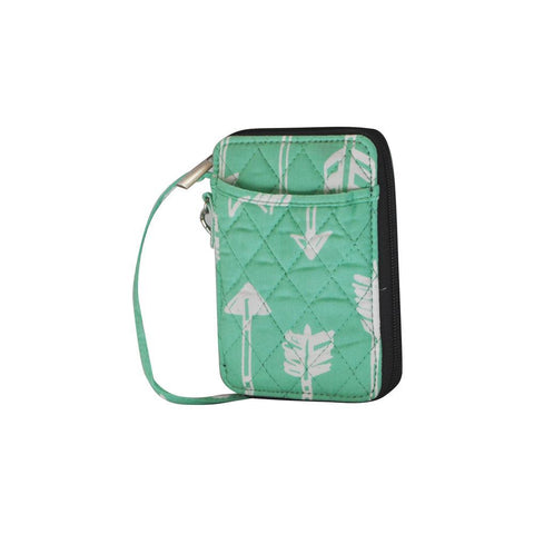 Arrow Mint Print NGIL Quilted Wristlet Wallet