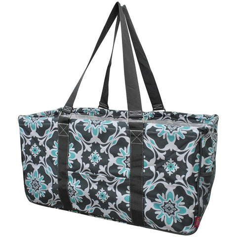Monogram gift ideas for her, monogram tote bags, personalized tote bags in bulk, NGIL, teacher appreciation gift, quatre vine tote bags, quatre tote bags, quatro vine utility tote bag, quatro vine tote bags wholesale