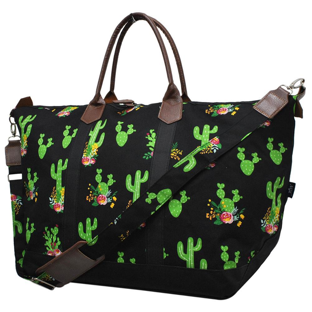 Personalized weekender duffle bags, cactus print travel bags, over night cactus bag, cactus duffel bag, monogrammed weekender bag, monogrammed weekender, monogrammed weekender bag on sale, cute weekender duffel bags, custom weekender, wholesale travel bags, wholesale travel bag suppliers.