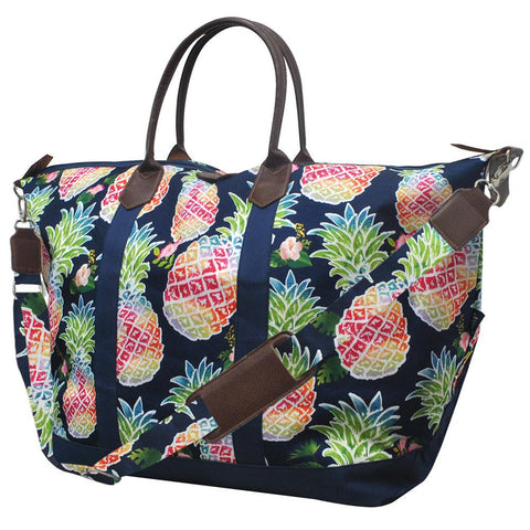 Personalized weekender travel bag, pineapple pattern travel bag, pineapple pattern weekender, monogrammed weekender duffle bag, monogrammed weekender tote, cute weekender bags, cute weekender totes, custom weekender duffel, wholesale travel bags for sale, wholesale travel bags brands,
