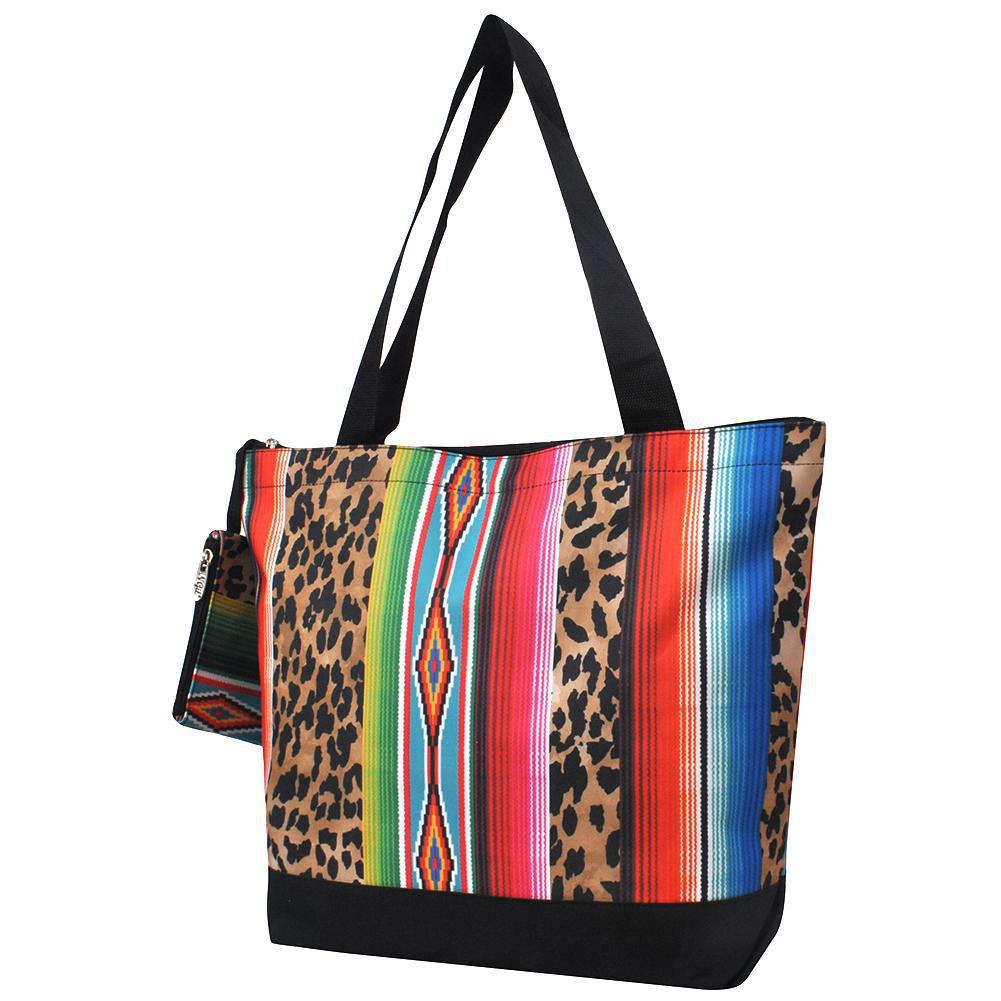 Monogrammed Zippered Tote Bag, monogram gifts for her, Monogram bags and tote, Gifts for her, monogram gifts, NGIL Brand, custom tote bags with zipper, wholesale tote bags with zipper, serape bags for women, nice tote bags for school.