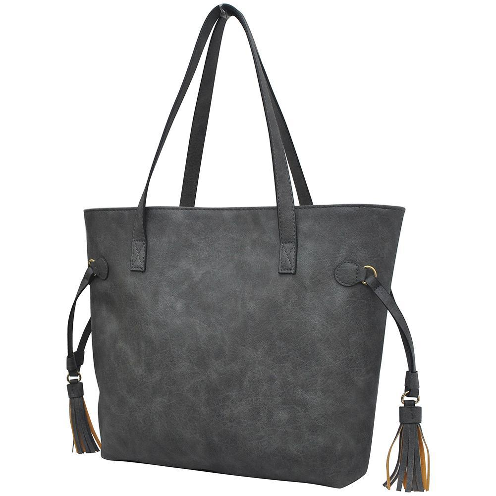 no leather handbags, isabelle vegan handbags, black faux leather purse, synthetic leather bag, best non leather bags, non leather tote, vegan leather bags, vegan handbags, vegan purses, faux leather handbags, vegan bags, vegan leather handbags, vegan leather purse, non leather handbags