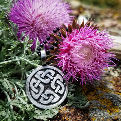 Celtic Knot Necklace - Shield Knot Pendant (Wholesale)