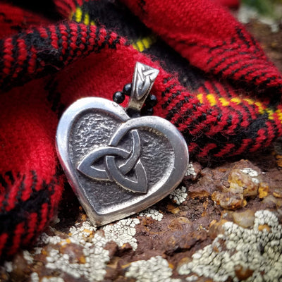 Celtic Knot Works Jewelry Celtic Heart - Triquetra and Heart Celtic Knot Pendant (Wholesale)