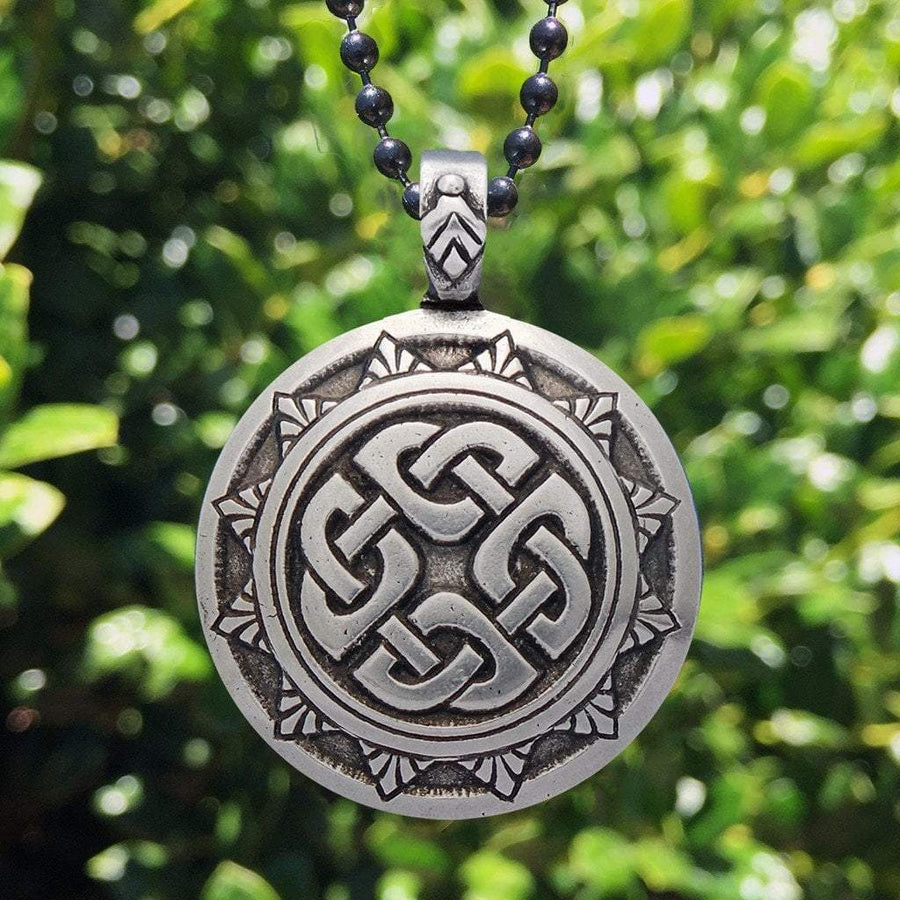 Celtic Knot Works Jewelry Shield Knot Pendant – Celtic Traditions (Wholesale)